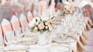 Kiedy rezerwować catering na wesele